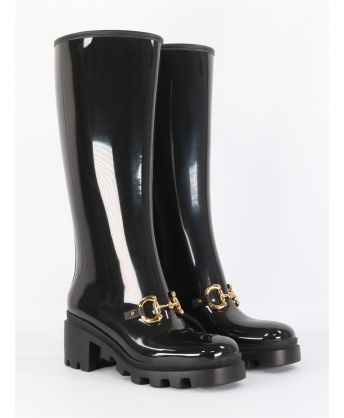 Black rubber boot with clamp