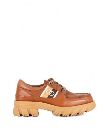 GG leather lace-up shoe